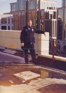 Officer Estes on roof in Rosslyn